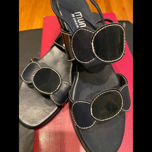 Black Munro sandals. NIB
